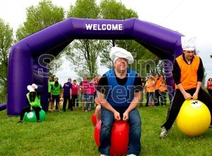 GALLERY - Team Building it' a Knockout