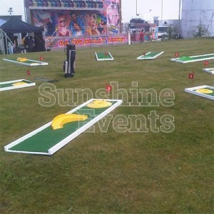 Crazy Golf Hire for Family Events and Parties