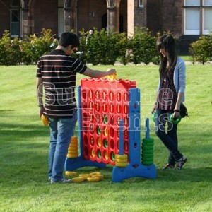 Giant Lawn Games Hire