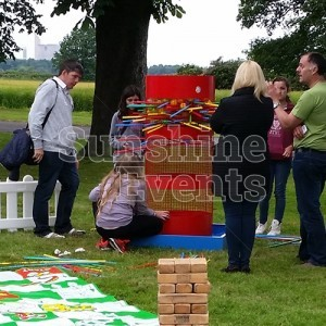 Fun Days Giant Games