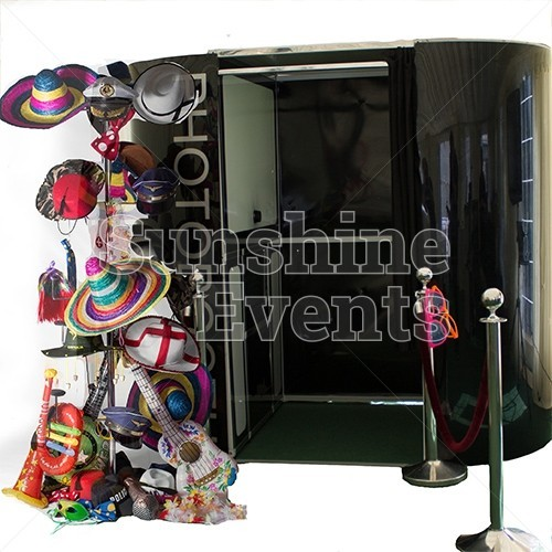 Photo Booth and Magic Selfie Mirror Hire