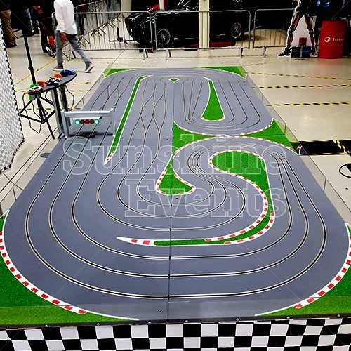 SQ IMG GIANT SCALEXTRIC New 5