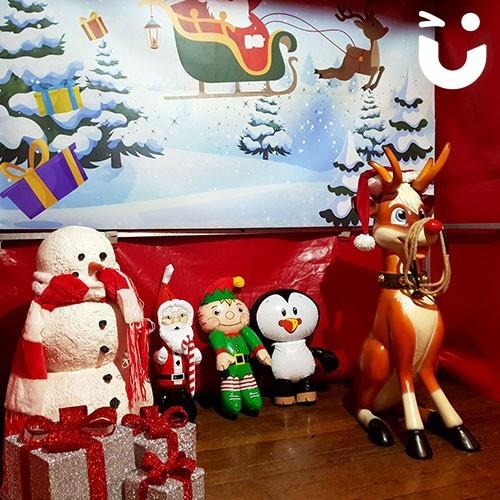 Christmas Carousel 19