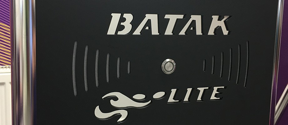 We say Batak, you say Chase the Light!