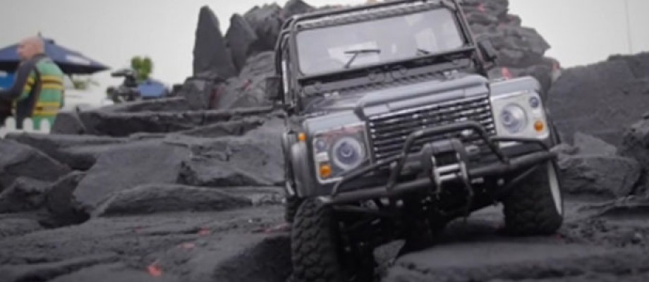 Remote control 4x4 land rovers to hire for your events